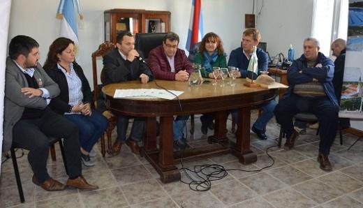 La Provincia entregó aportes a instituciones en Lucas González