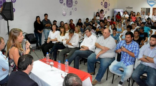 """La Ministra Stratta lanzó el programa """"Crecer"""" para la ciudad de Nogoyá"""