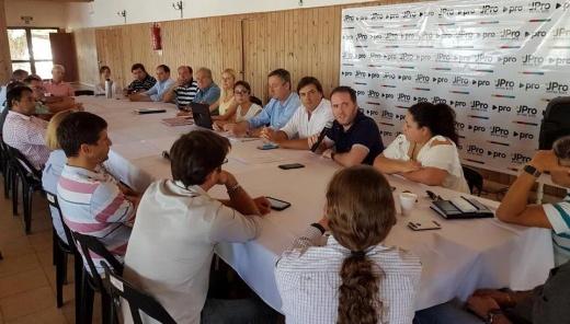Se reunió el Consejo Directivo de PRO y piden más espacio dentro de la gestión de Cavagna